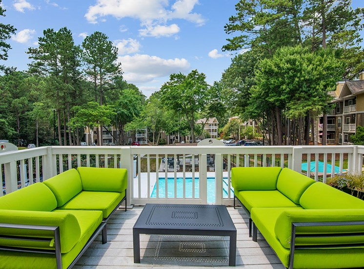 Patio at Sommerset Place Apartments