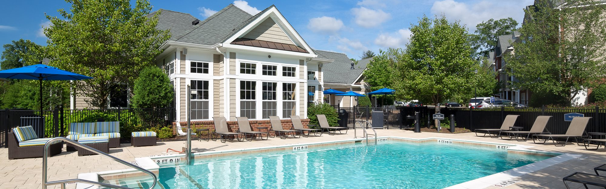Pool at Huntington Townhomes in Shelton, CT