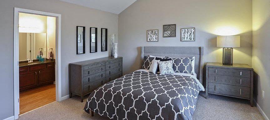 A Master Bedroom at The Glen