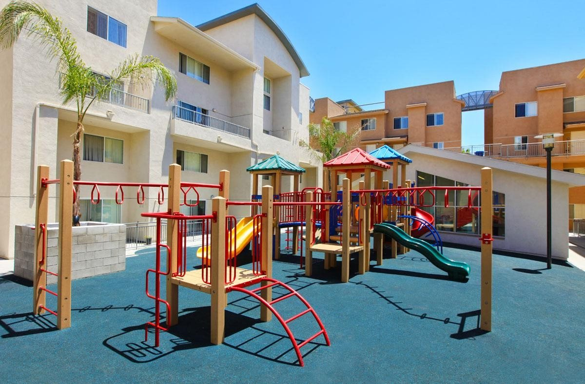 Village Townhomes Apartments In San Diego Ca
