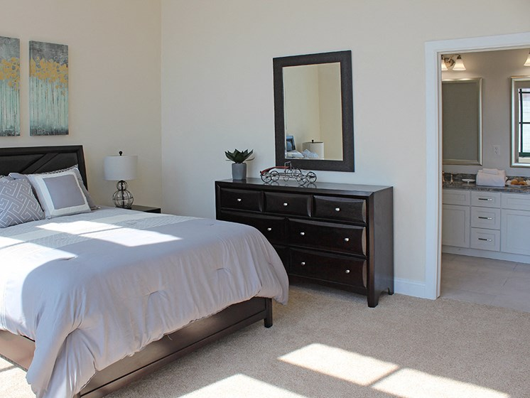 Carpeting In Bedrooms at Residences at Halle, Cleveland, 44113