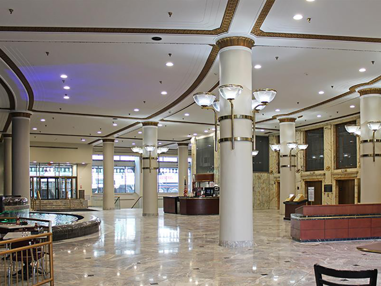 Spacious Lobby Area at Residences at Halle, Ohio