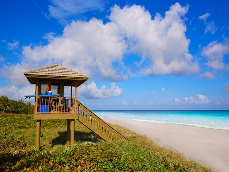Relaxing Life nearby Beach at SofA Downtown Luxury Apartments, Delray Beach,Florida