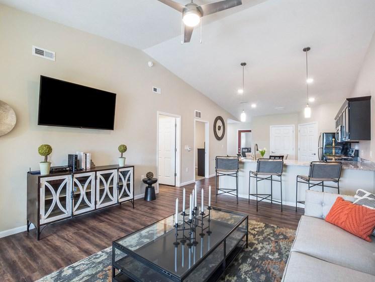 Wolverine Lake MI Apartment Rentals Redwood Wolverine Lake Basswood Living Room