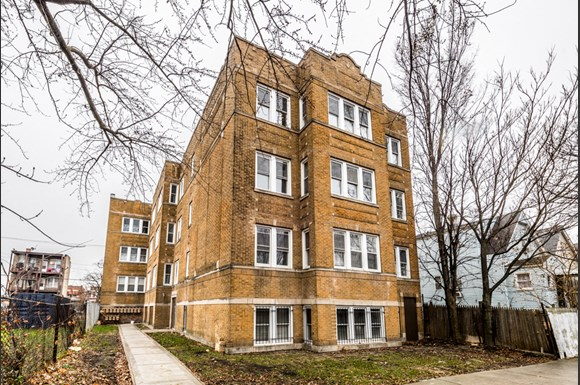 North Lawndale Apartments for rent in Chicago | 1509 S Kenneth