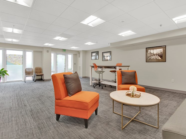 Community room at Kendall Crossing