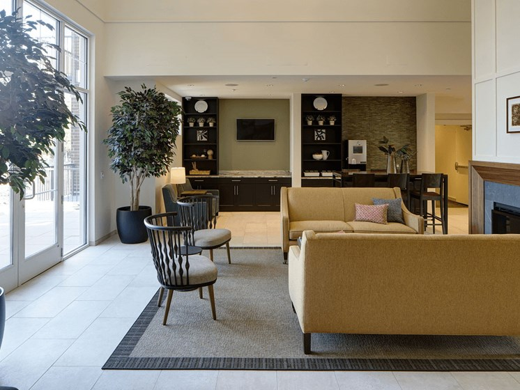 Resident Lounge at Courthouse Square Apartments, Wheaton