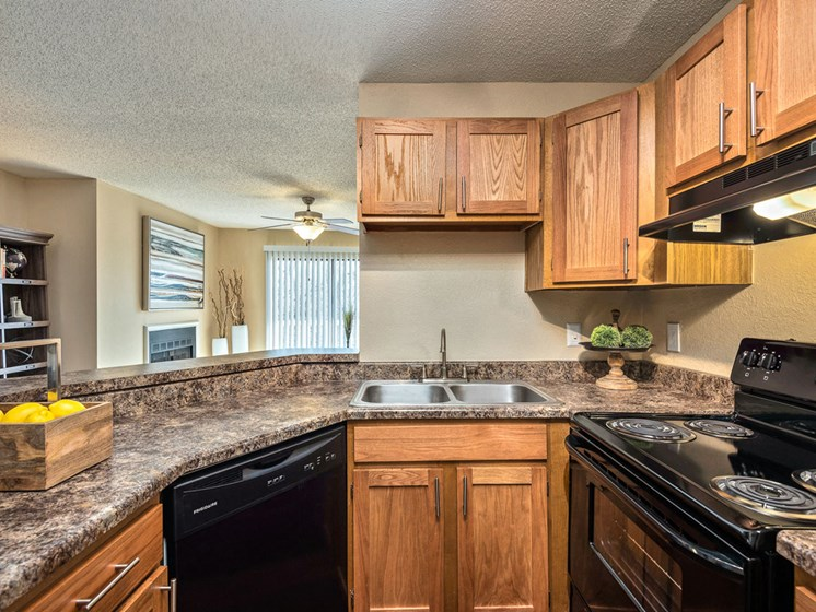 Fully Equipped Kitchen at Hampton Woods, Shawnee