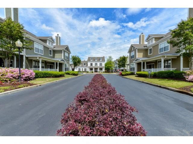Bright and welcoming entrance greets you as you drive into Legacy Farm Apartments, Collierville, TN 38017