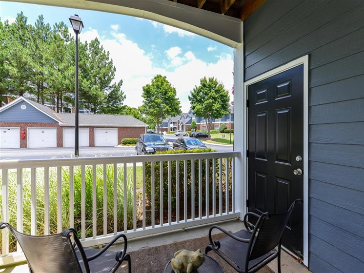 Sunroom or Private Balcony Options at Sugarloaf Crossing Apartments, Lawrenceville, GA 30046