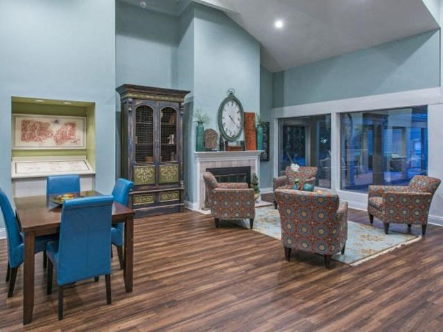 Lounge seating and amble entertains space in our newly renovated Clubhouse at The Summit Apartments, Memphis, TN 38128