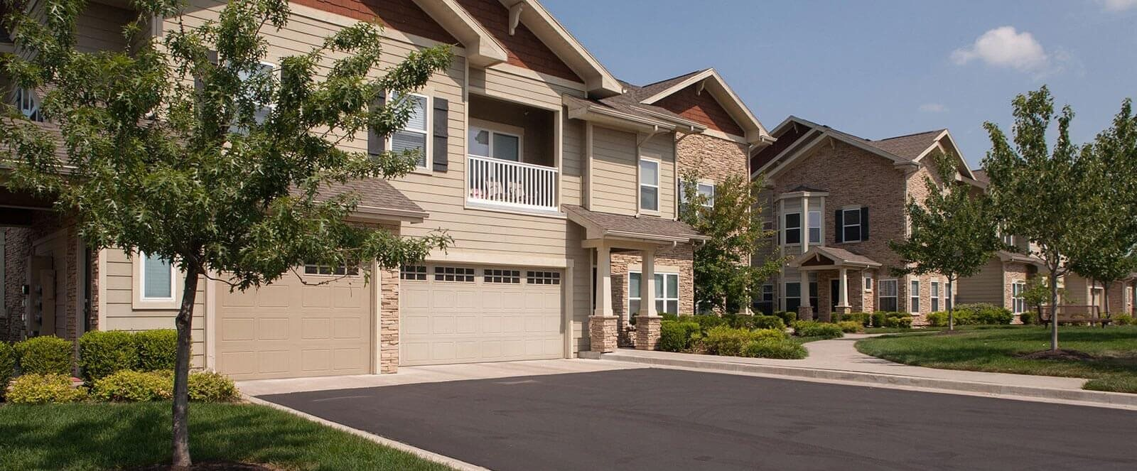 Garages Available at Villas at Carrington Square, Overland Park