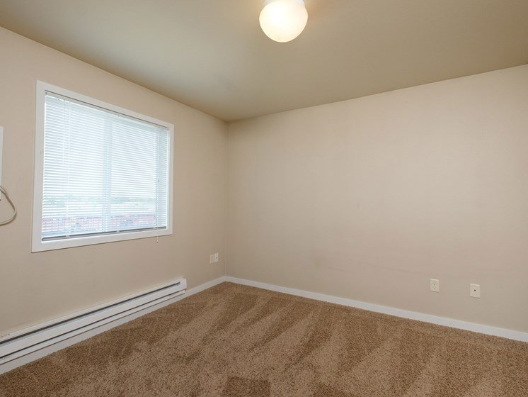 Thunder Creek Apartments | 3 Bdrm - Master Bedroom
