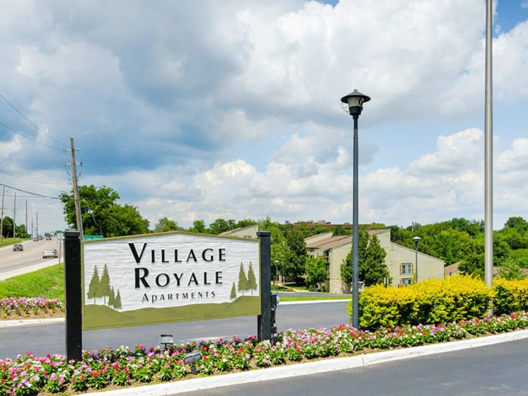 Village Royale Apartments in St Louis MO