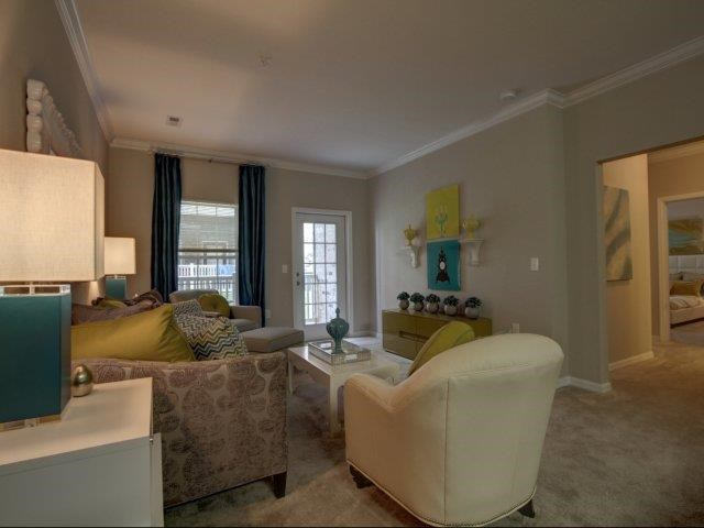 Large Living Room at Kilnsea Village Apartments, Summerville, SC, 29485