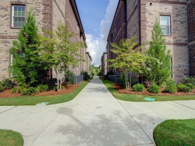 Walking Path at Kilnsea Village Apartments, Summerville, South Carolina