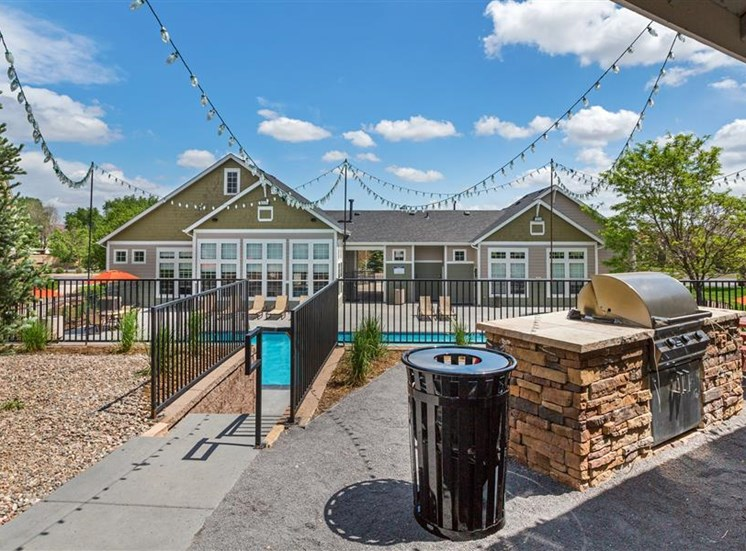 Poolside Grilling Stations at Village at Westmeadow Apartments, Colorado Springs