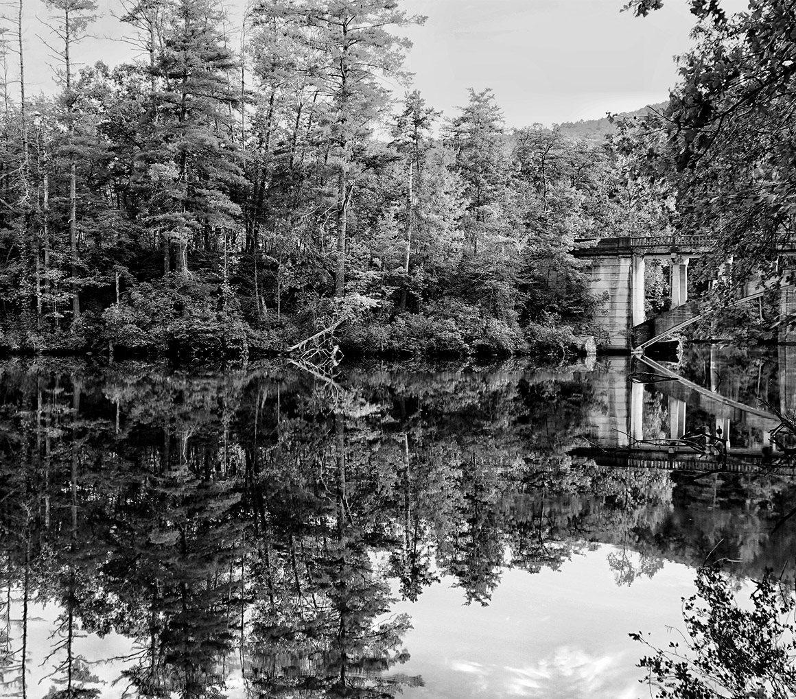 georgia lake black and white