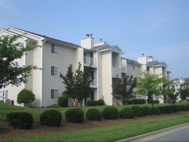 Apartment Complex Exterior at Treybrooke Village Apartments, Greensboro