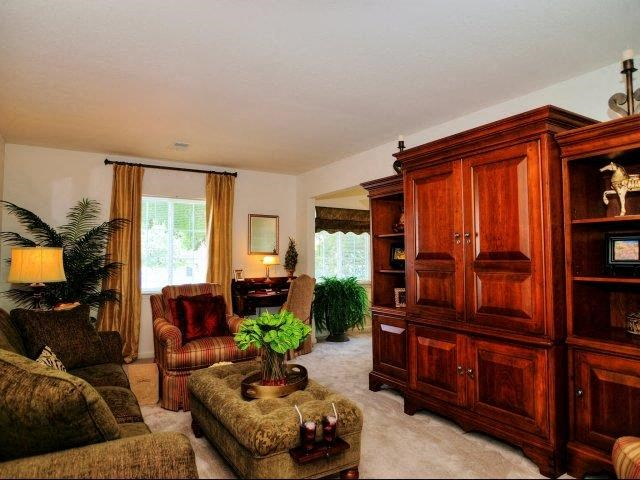Lush Wall-to-Wall Carpeting at Broadstone Village Apartments, High Point, NC, 27260
