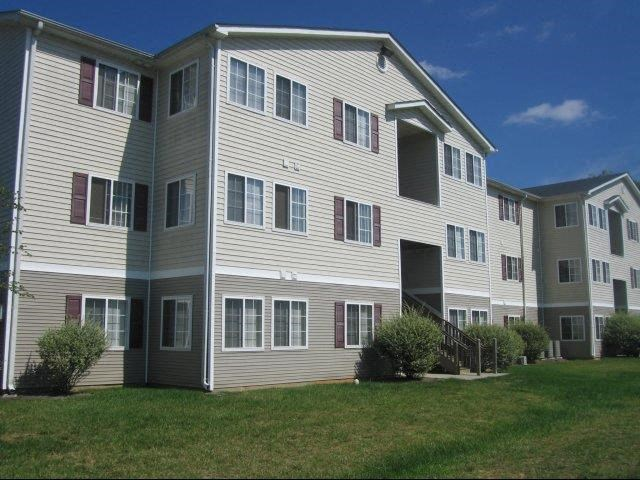 Grass Path at Broadstone Village Apartments, High Point, NC, 27260