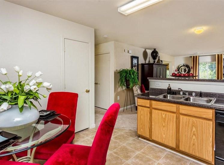 Kitchen at Eagle Point Village Apartments, Fayetteville, 28314