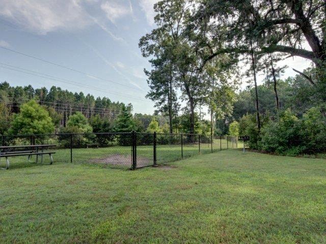 Cover Back Fence at Boltons Landing Apartments, South Carolina