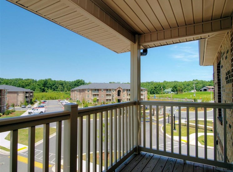 Large Balcony at Innisbrook Village Apartments, Greensboro, 27405