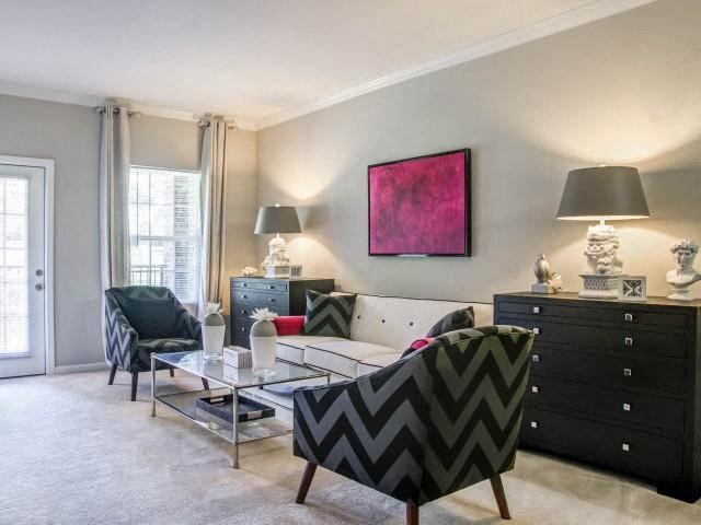 Living Rooms With Wall-to-Wall Carpeting at Glass Creek Apartments, Mt Juliet, Tennessee