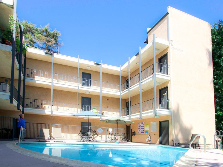 Swimming pool in the courtyard of Chandler Circle Apartments.