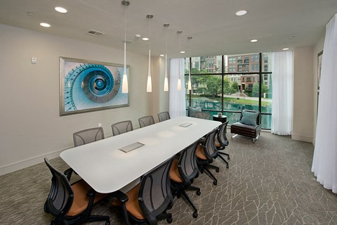 Executive Business Lounge