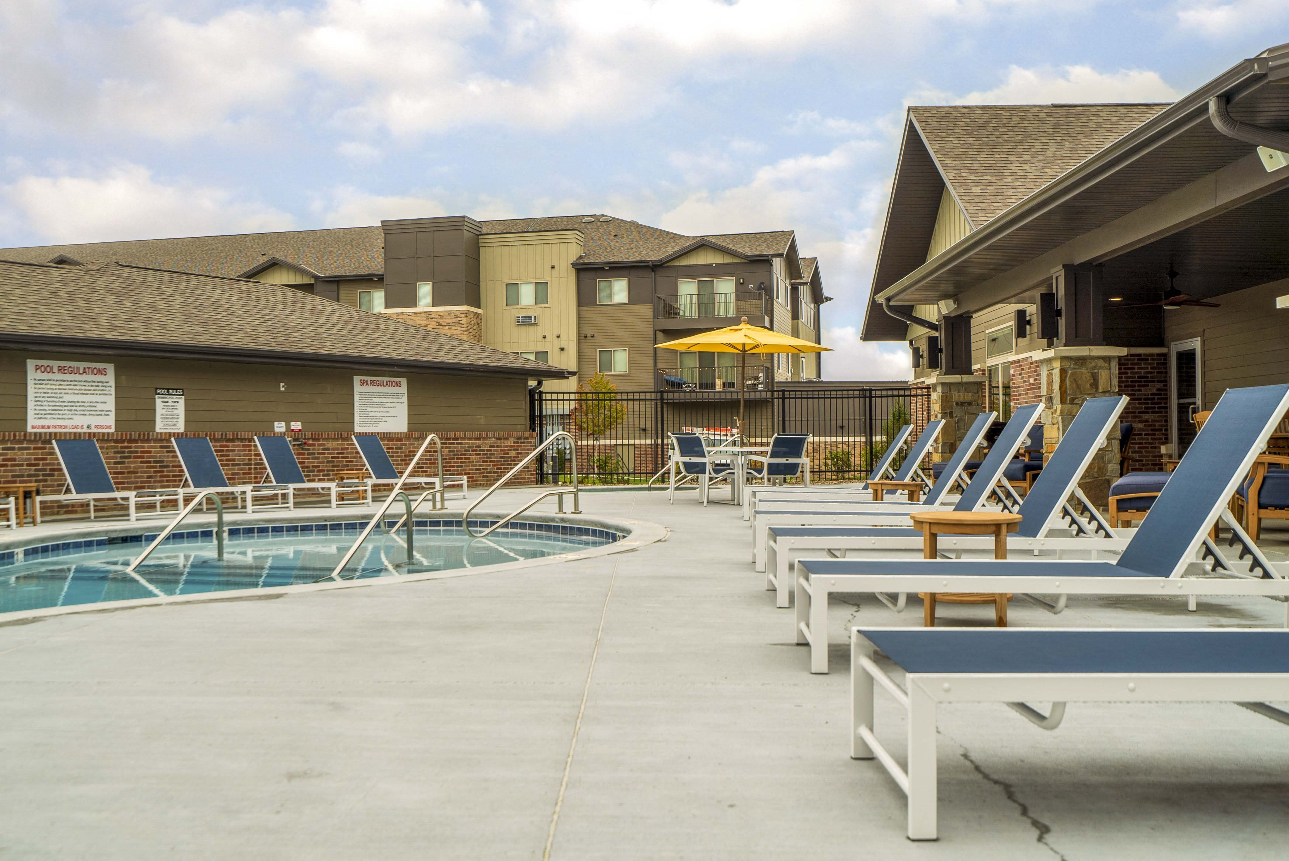 Luxury pool and hot tub view of WH Flats new luxury apartments in south Lincoln NE 68516