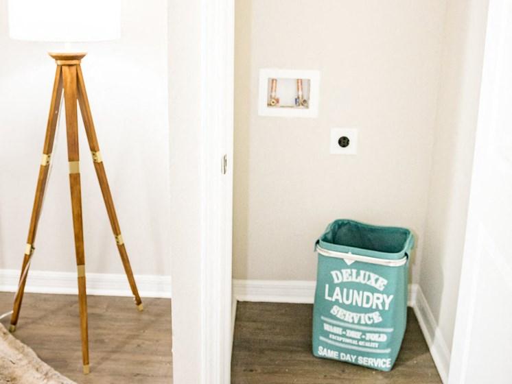 Washer/Dryer Closet