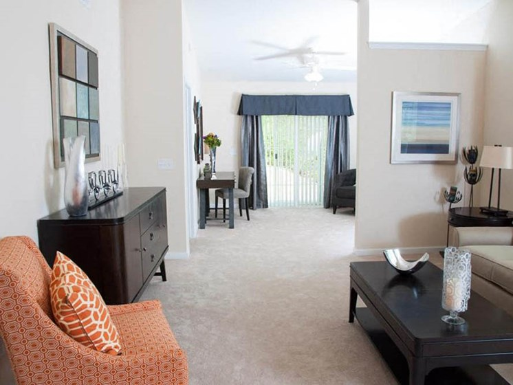 Pataskala OH Apartment Rentals Redwood Carrington Ridge Living Room