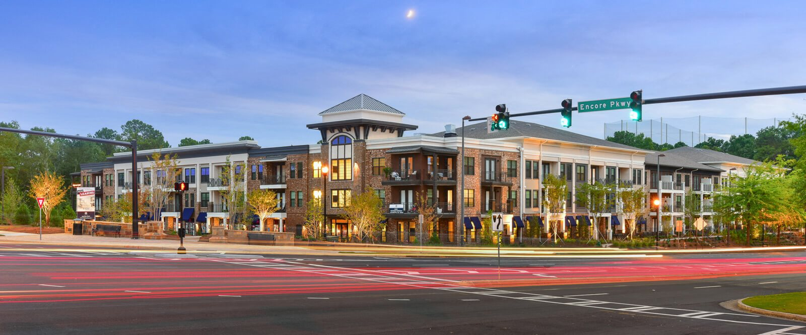 Modern Exteriors Give a Wonderful First Impression of Echo at North Pointe Center. Enjoy our Endless Amenities and Superb Location at Echo at North Pointe Center Apartment Homes, Alpharetta, GA 300