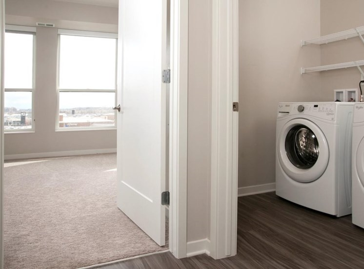 Full-Sized Washer And Dryer, Residences at 1700, Minnetonka, MN 55305