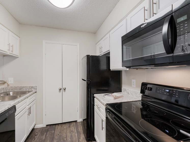 black kitchen appliances