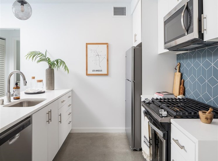 Spacious Kitchen Design  at The Perch, California