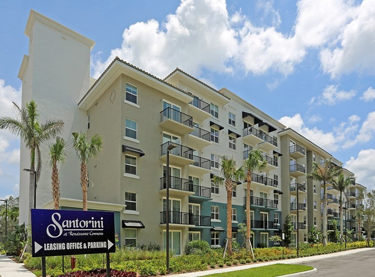 Santorini at Renaissance Commons apartments in Florida
