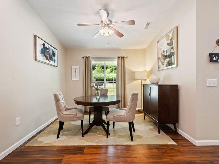 Union Township OH Apartment Rentals Redwood Savannah Ridge Dining Room