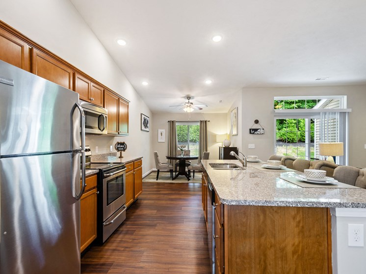 Union Township OH Apartment Rentals Redwood Savannah Ridge Kitchen To Dining