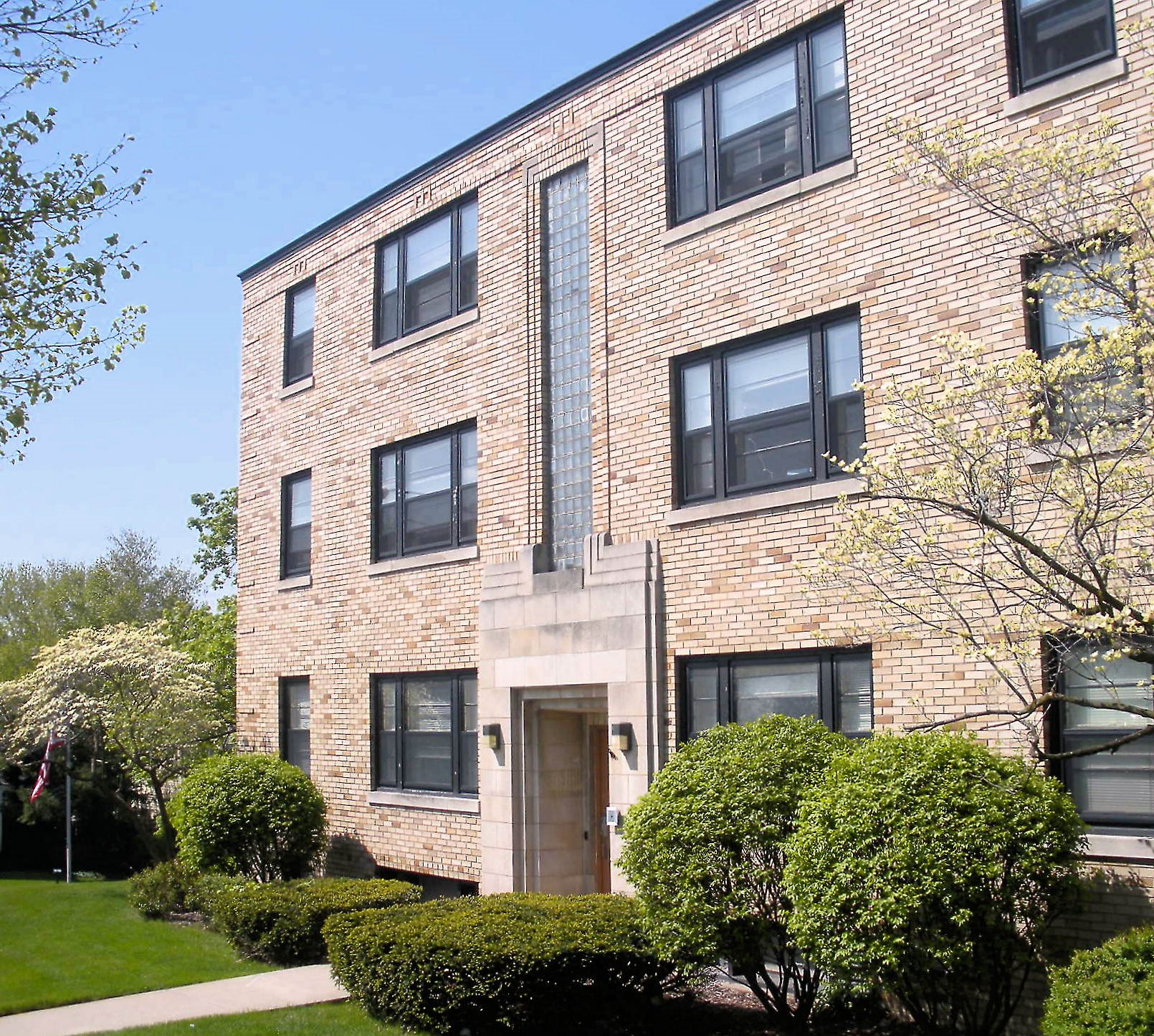 11-prospect-downtown-grand-rapids-apartments