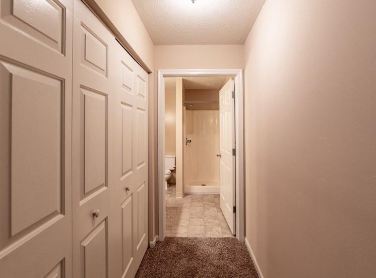 Large Soaking Tub In Bathroom at Bradford Ridge Apartments, Bloomington, IN