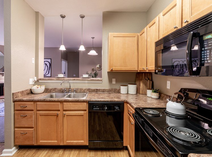 Modern kitchen appliances at The Reserve at Williams Glen Apartments, IN, 46077