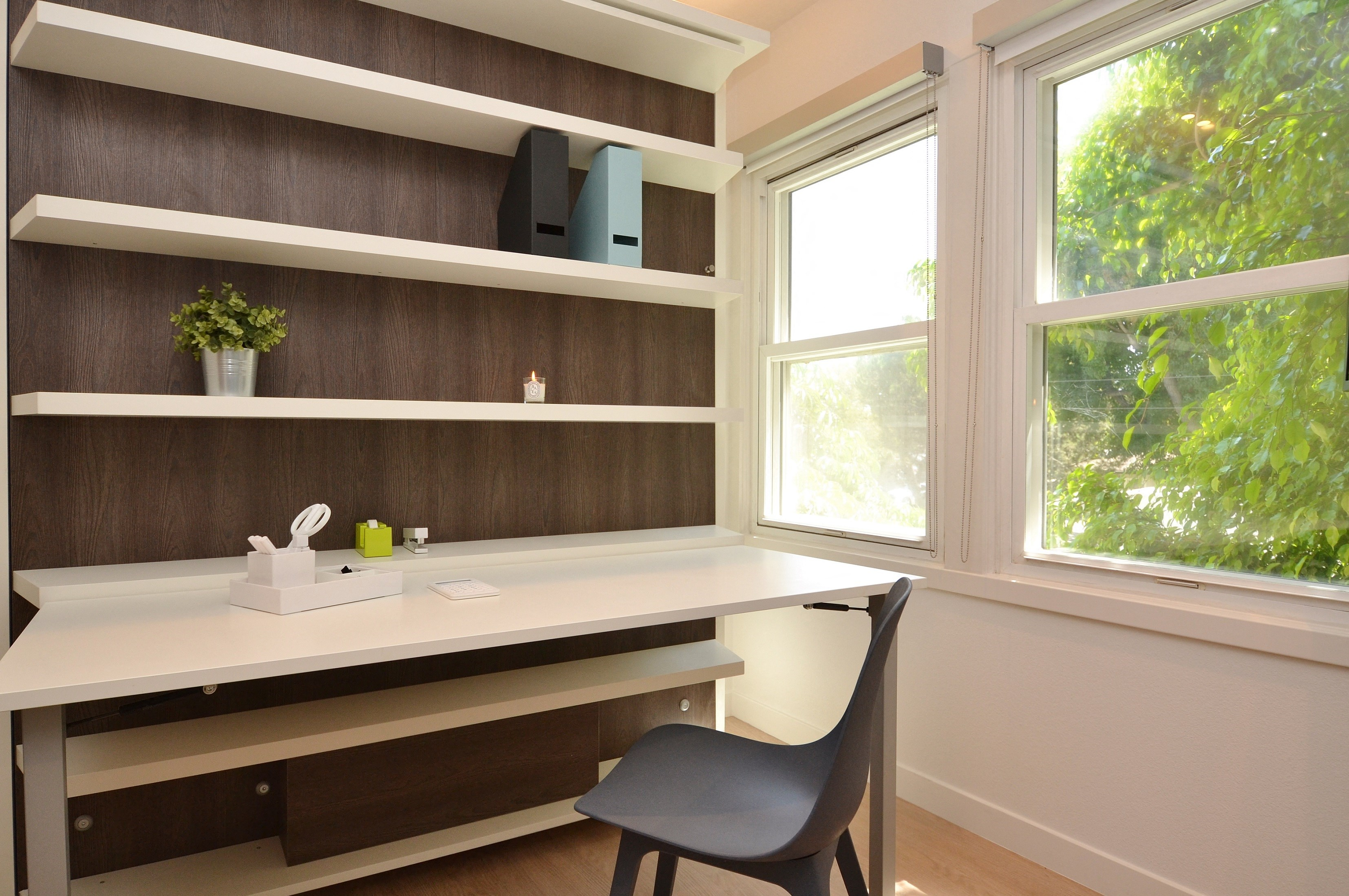 Westchester-Furnished-Apartments-Luxe-Suites-Office-Bedroom