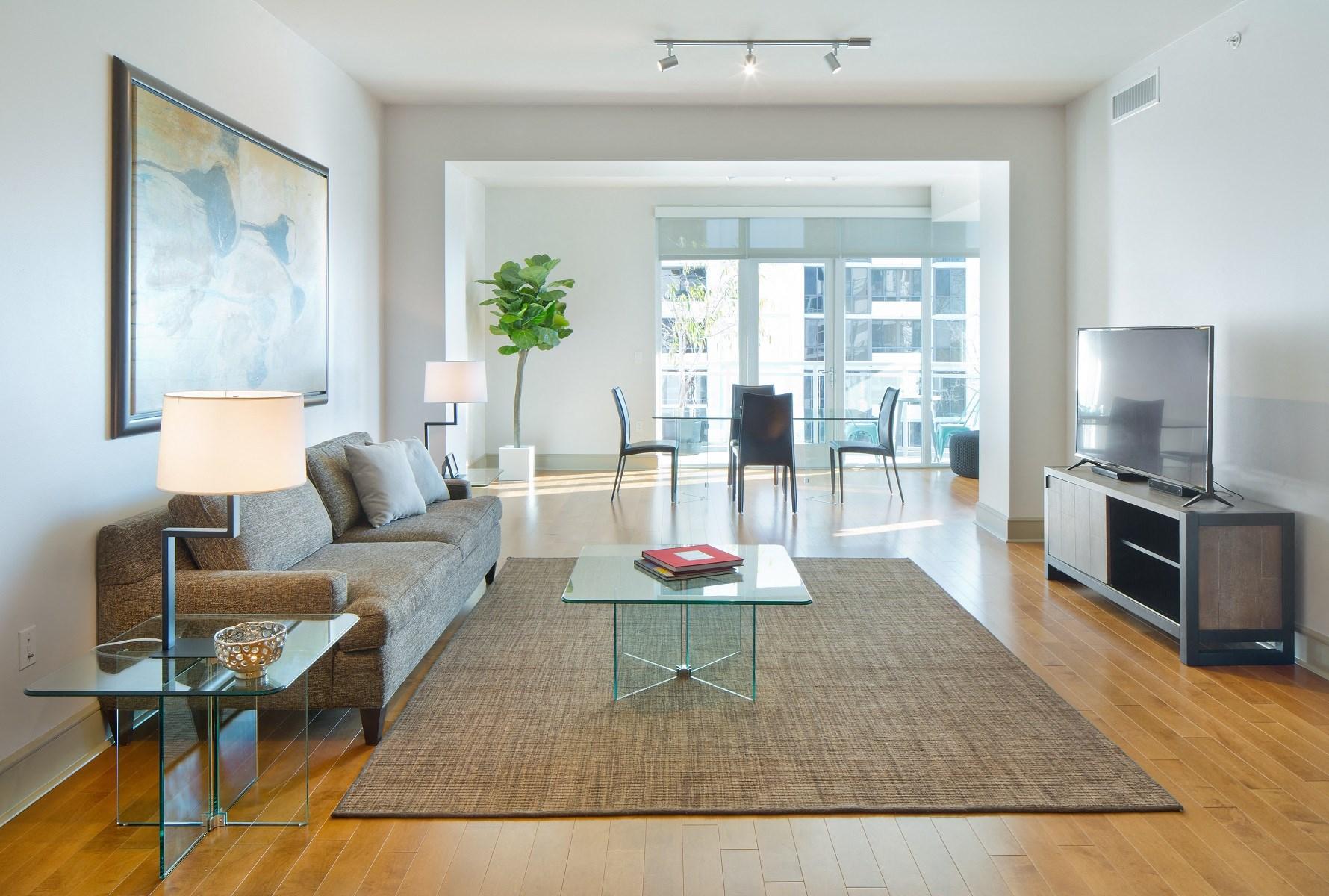 Westwood-Apartment-Wilshire-Victoria-Interior-Living-Room-6