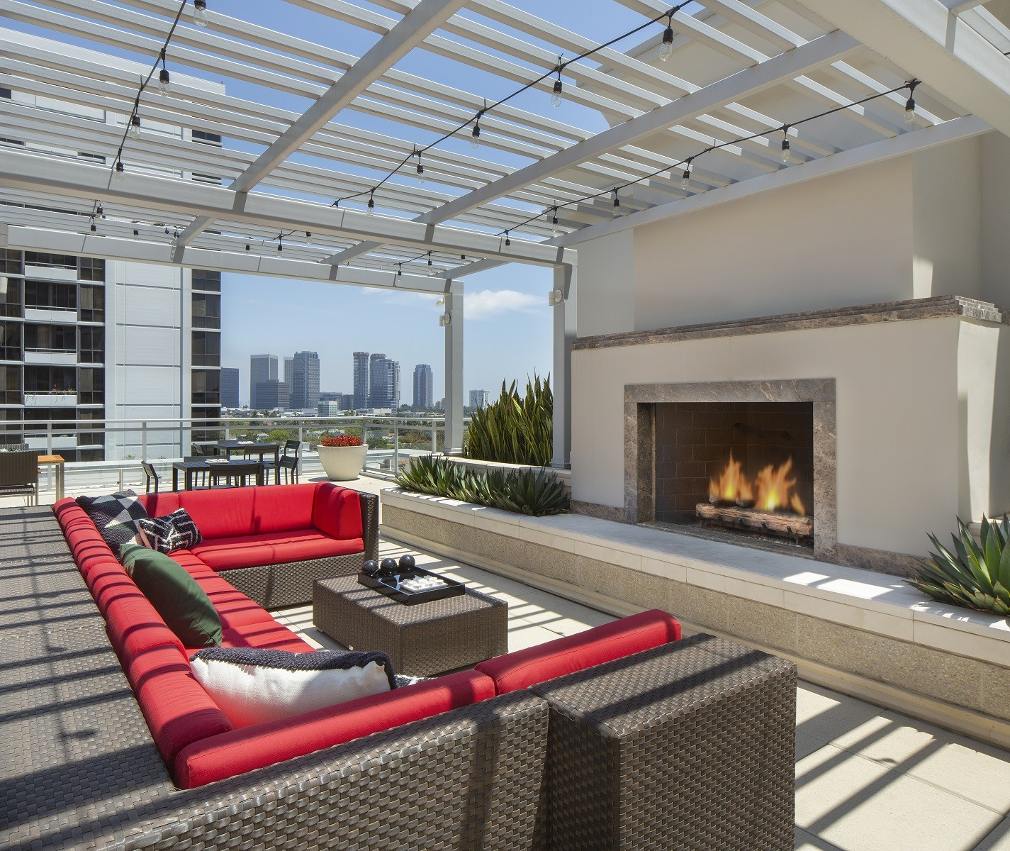 Westwood-Luxury-Apartments-Wilshire-Victoria-Rooftop-Lounge-Couch-Fireplace