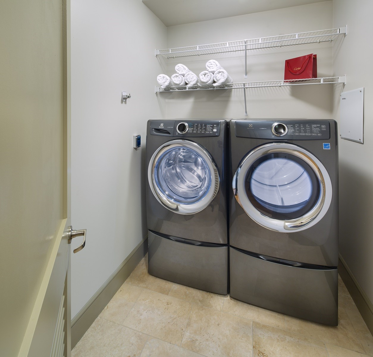 Westwood-Luxury-Apartments-Wilshire-Victoria-Unit-502-Laundry-Room-Washer-And-Dryer