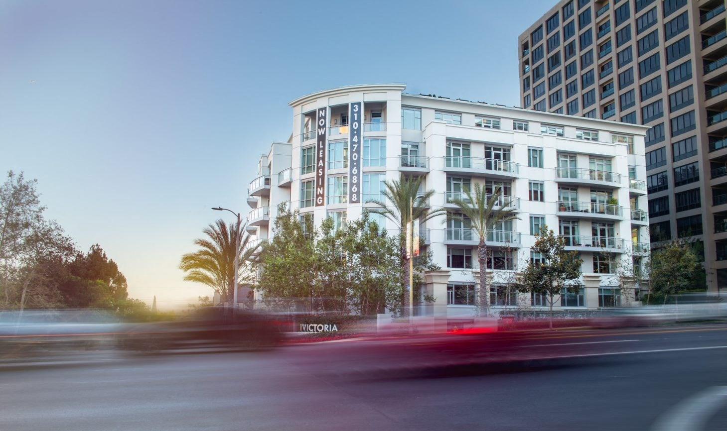 Westwood-Luxury-Apartments-wilshire-victoria-exterior1