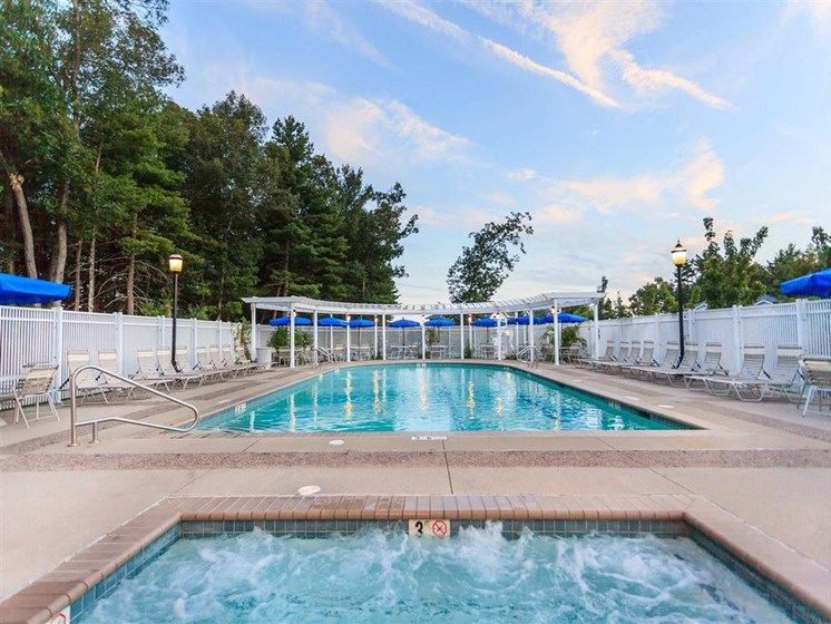 Relaxing Jacuzzi By Pool at The Preserve Apartments, 100 Hilltop Dr, Walpole, MA 02081